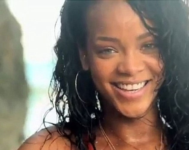 Rihanna Realza Su Sensualidad Para Promocionar Barbados