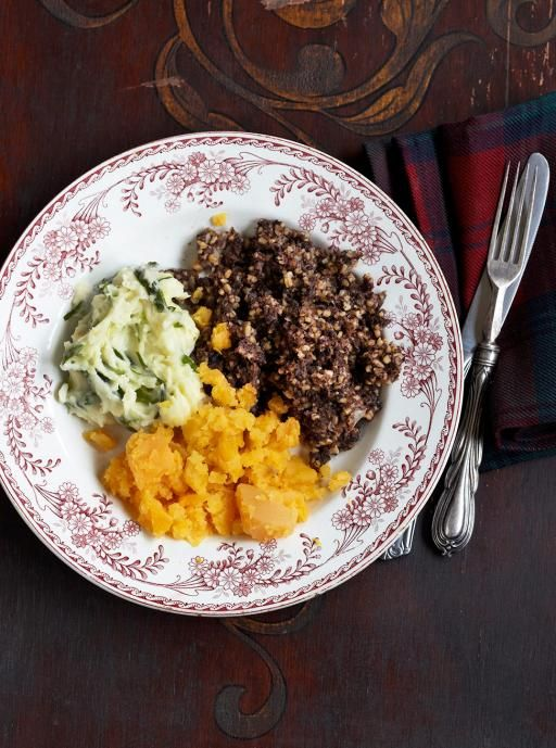 Burns supper: the best thing about January | Jamie Oliver | Features<-------I wanna have one of these dinners so bad!!!