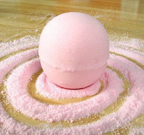 Mondo Bath Bombs with Pink Grapefruit Fragrance Oil - Soap Queen