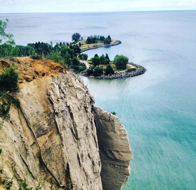 The Best Instagram-Worthy Spots in Toronto: Scarborough Bluffs