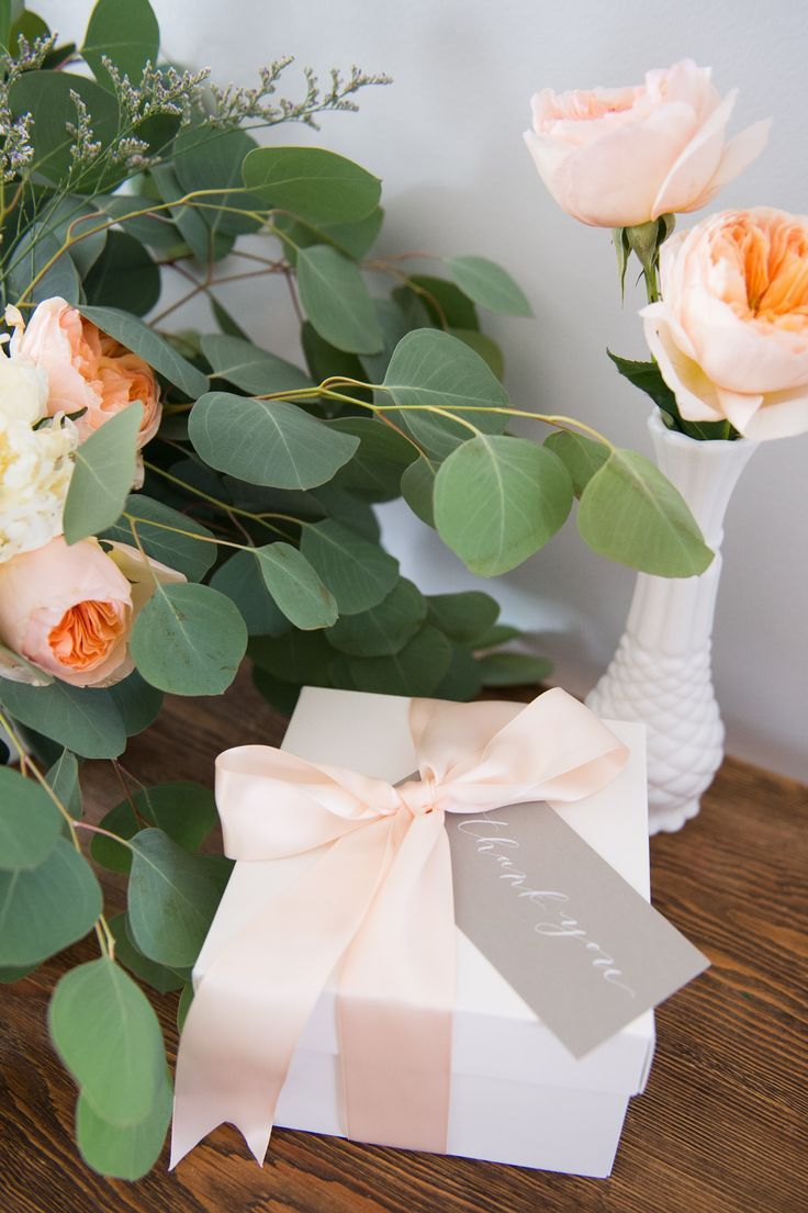 THANK YOU GIFT BOX Marigold & Grey creates artisan gifts for all occasions. Wedding welcome gifts. Workshop swag. Client gifts. Corporate event gifts. Bridesmaid gifts. Groomsmen Gifts. Holiday Gifts. Order online or inquire about custom gift design. http://www.marigoldgrey.com Image: Abby Jiu Photography