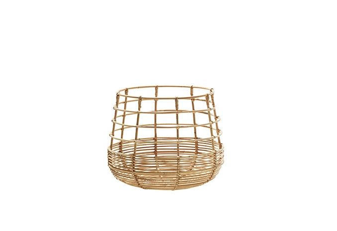 Baskets are great inside and out. Use them outdoors for poolside towels, magazines, throws & cushions.