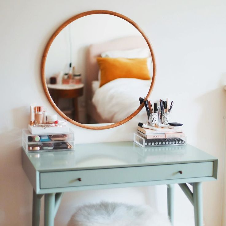 Theres lots going on over on the blog (and my youtube channel!) this week! I reckon my dressing table post will keep you going until my office tour lands on Sunday... #KLVhome