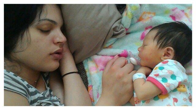 Συγκλονιστικό!!!!Η κόρη μου με την κορούλα της!!!!!