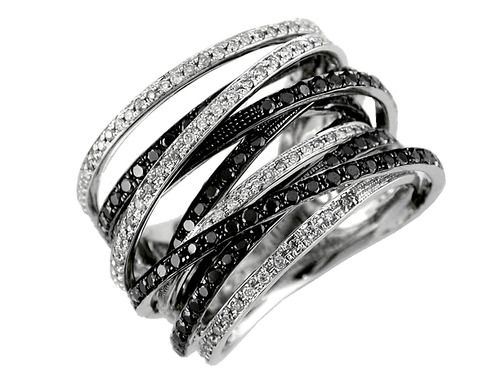Black and White Diamond Ring come back to Stock Now!!