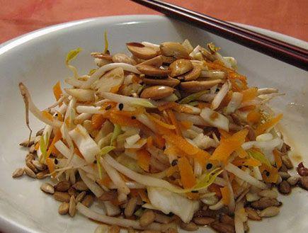 סלט כרוב סיני (צילום: תומר פרת ,mako)