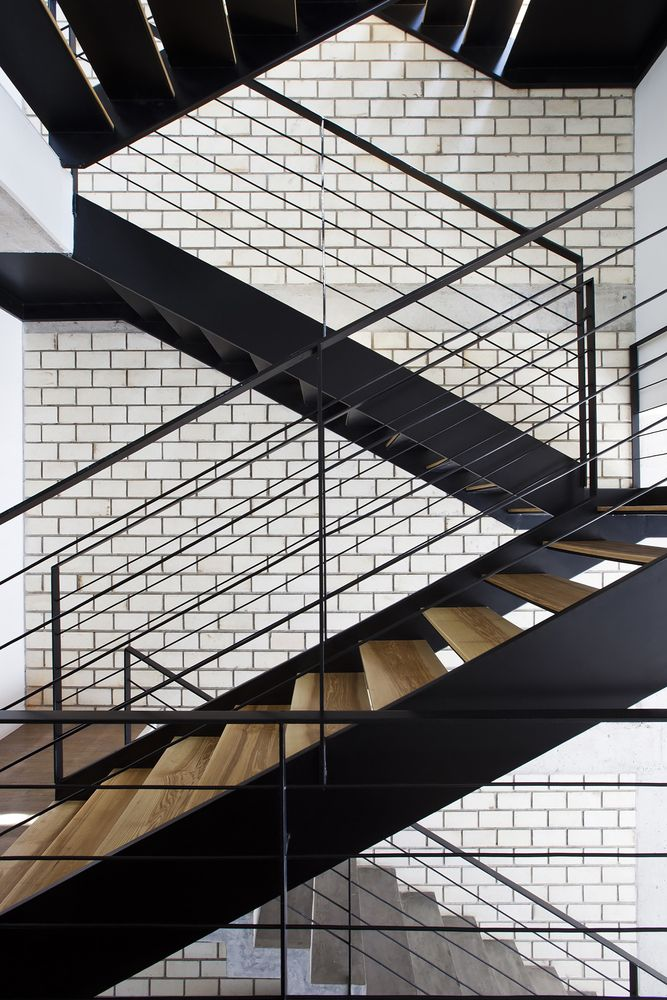 Gallery - Townhouse with a Folding-Up Shutter / MM++ architects - 13