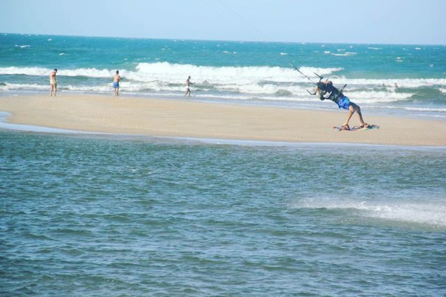 My contact with the beach and the ocean comes from small, I started surfing with my eleven years old, always had the pleasure of being in the water, I love doing it.After training in the extreme conditions of Jeri, where I learned a little freestyle bi-directional boards and big jumps that we call big air and where I also saw the need to learn English, to communicate and expand my horizons, which I learned by myself translating texts. In the face of what many could see as adversity and even…