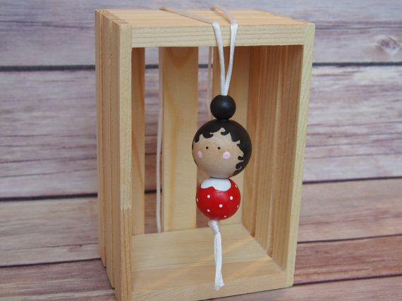 Hey, I found this really awesome Etsy listing at https://www.etsy.com/listing/258458103/wooden-bead-necklace-peg-doll-necklace