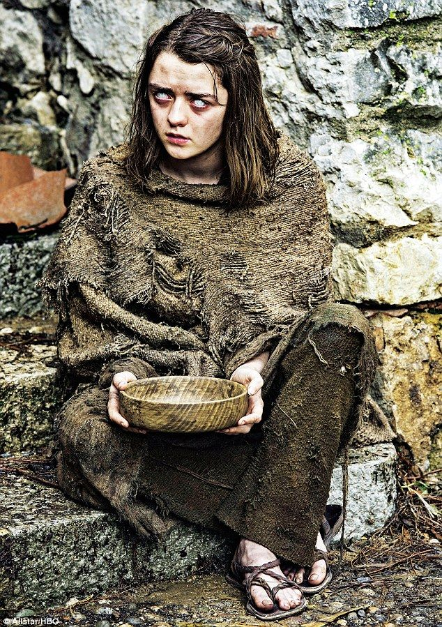 Arya Stark begins the new series without sight, after being blinded by her House of Black and White mentor Jaqen H'ghar