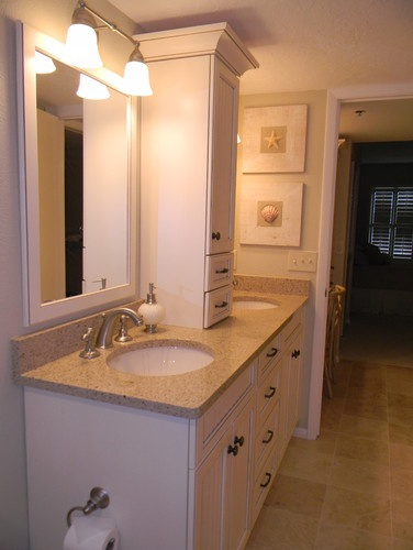 Double Vanity With Storage Tower Countertop Bamboo Silestone