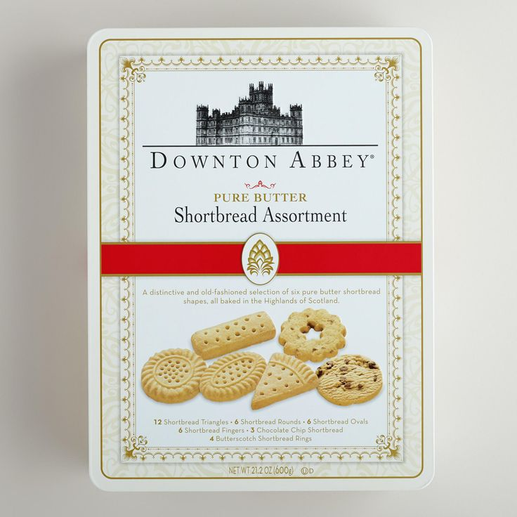 Downton Abbey Luxury Assorted Shortbread Tin. A must have while watching... accompanied with tea, of course!