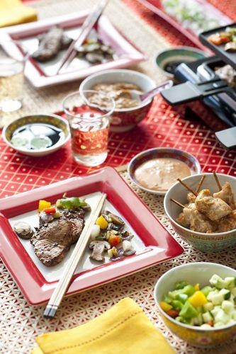 Deze Thaise marinade van René Pluijm is goed voor zowel zalm, kip of vlees. En voor u natuurlijk, want hij is verdraaid lekker. Recept uit: de Coop Keukentafelgids winter 2013-14.