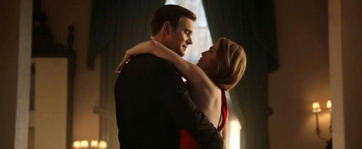 Mireille Enos and Peter Krause #the catch
