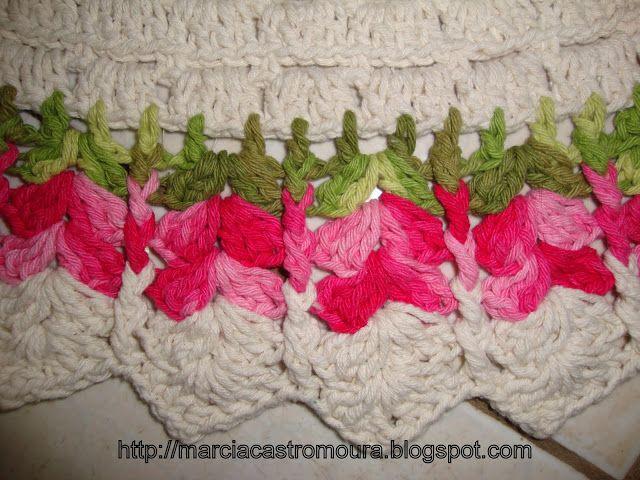 Resultado de imagem para como se faz um cordão de correntinhas de croche com borboletas penduradinhas