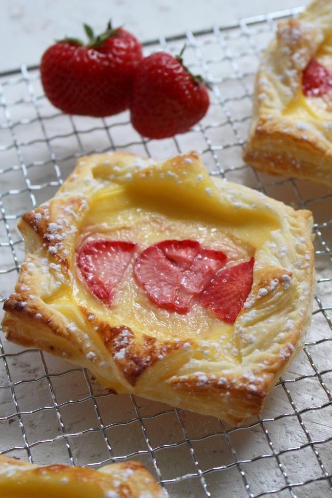 Süße Sünde im Handumdrehen gebacken mit nur drei Zutaten und keine fünf Minuten Zubereitung. Perfekt für spontanen Besuch.