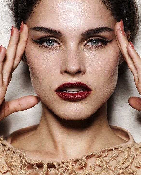 Holiday Beauty Inspiration. | http://www.whowhatwear.com/the-only-beauty-look-you-really-need-this-season/
