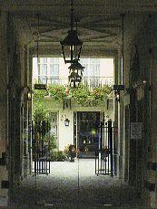 La simulation globale en français de l'hôtellerie