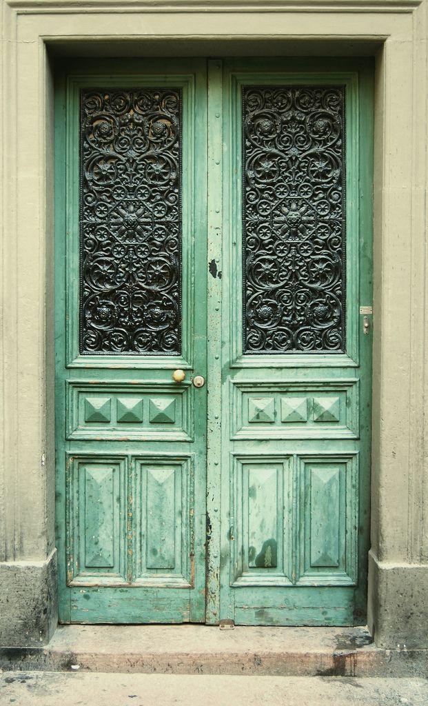 Love this beautiful door!