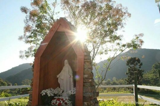 "The 20th Marathon of the Divine Mercy is being held in Brazil, at the Marian Center of the Child King (Menino Rei, in Portuguese), consecrated by Our Lady on September 28, 2013.  The Center is located in a green mountain valley near Teresópolis, about 70 miles from Rio de Janeiro, at the Nucleus of Service Crer-Sendo (a wordplay roughly meaning ""growing and believing while being""). Also located there are the Monastery of Divina Esperança (Divine Hope); and the Community Nova Terra (New…"
