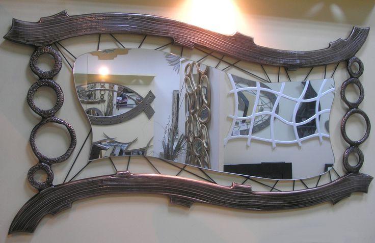 Χειροποίητη δημιουργία μου σε ξύλο-σχοινιά-υπάρχει δυνατότητα διαφοροποιήσεων.