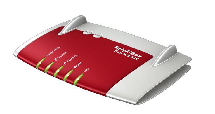 FRITZ!Box Fon WLAN 7390 è sorprendentemente versatile, perché si adatta a qualunque connessione e collega molti dei vostri terminali. Per la prima volta, il nuovo FRITZ!Box integra ADSL e VDSL per collegamenti fino a 100 MBit/s. Insieme al potente processore e alla memoria di rete interna, FRITZ!Box è la piattaforma