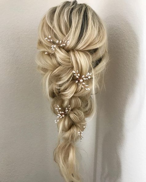 Jewelry Decorative Gold Wedding Hair Pins For Brides And Bridesmaids #brides #Bridesmaids #Decorative #Gold #hair #Jewelry #pins
