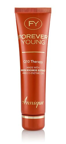 LAUNCHING IN OCTOBER Made with Green Rooibos extract and co-enzyme Q10 Q10 Therapy contains pure co-enzyme Q10 that naturally energises the cells to help them perform better and to promote a youthful and healthier skin.