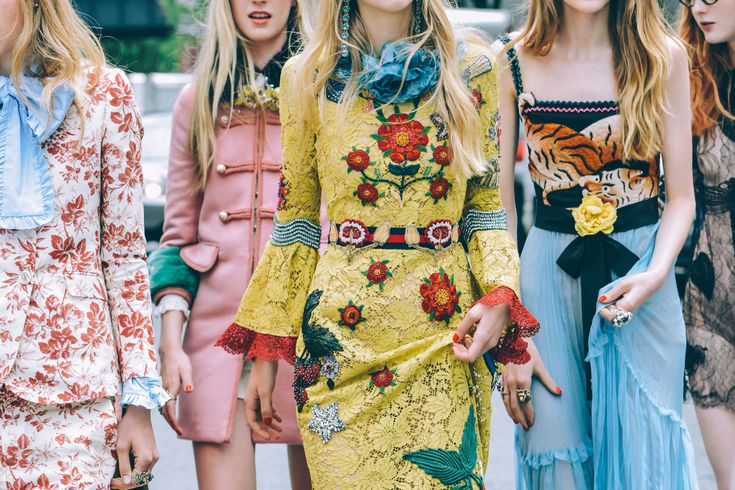 Tommy Ton - GUCCI CRUISE 2016.  Please like http://www.facebook.com/RagDollMagazine and follow Rag Doll on pinterest and  @RagDollMagBlog @priscillacita https://www.bloglovin.com/blogs/rag-doll-13744543 subscribe to https://www.youtube.com/channel/UC-CB-g60FwQ4U1sJ3ur-Bug/feed?