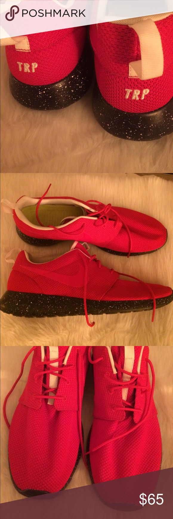NIKE iD WOMENS ROSHE SHOES RED CUSTOM SZ 15 Brand new without box Nike Shoes Sneakers