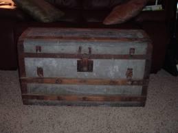 Old Trunks Hope Chests Vintage Pinterest