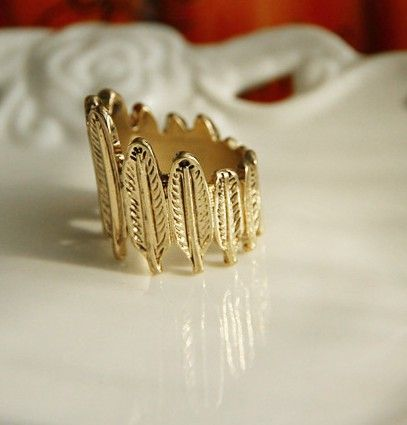 Gold Leaves Band Ring