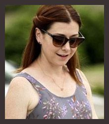 Alyson Hannigan wearing Entourage of 7.