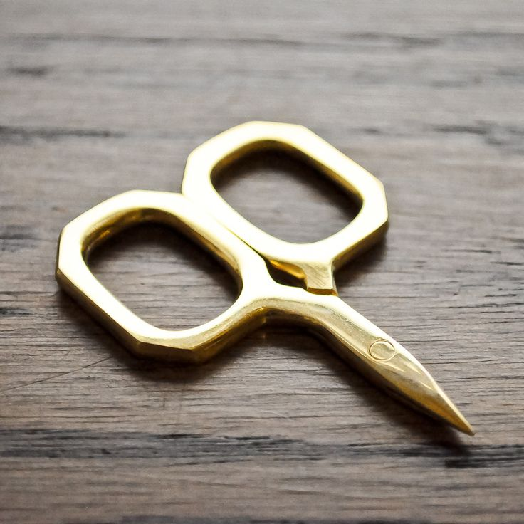 """vintage scissors in """"The Workroom"""""""