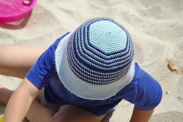 bob de plage enfant au crochet