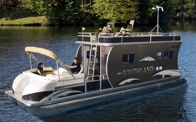 Bentley Pontoon Boats >> Southland boat present the HRV Liberty, half-boat, half-house | Pontoons! | Pinterest | The boat ...