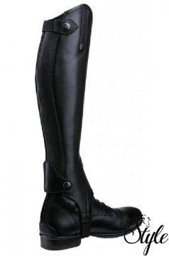 EQUI-THÉME elegáns bőr csizmaszár Primera normál fazon  Kiváló minőségű bőrből készült, elegáns megjelenésű csizmaszár.   Technikai paraméterek  - kiváló minőségű marhabőrből  - cipzár mentén elasztikus betéttel  - hátul cipzárral  - cipzárvédőkkel  - bőr béléssel