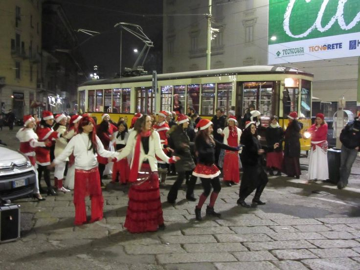 #flashmob di #natale venerdì 16 dicembre in alzaia naviglio grande !