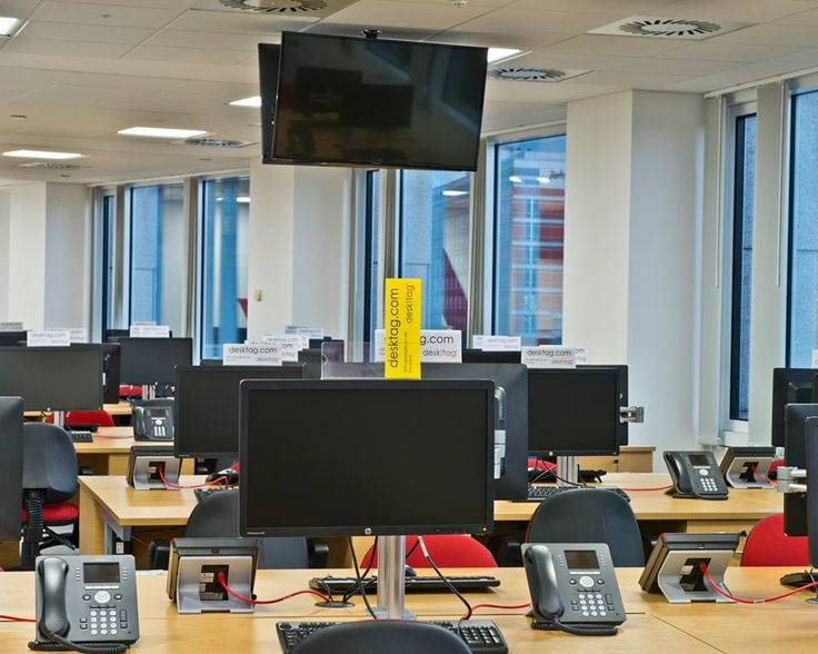 Waiting for IT Support to visit your desk?  Simply flick your #desktag into Incident Mode to help your IT Support team find you more quickly.  We're seeing IT Support search times dropping by over 30% by simply flicking into Incident Mode.   #servicemanagement #itil #desksignage #workplace #coworking #office #corporate #workspace #hotdesk #hotdesking #facilities #officemanager #bifm #desking #facman #facilitiesmanagement #itsm #servicemanagers