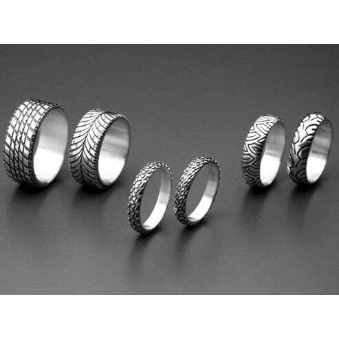 awesome biker wedding rings pretty cool - Biker Wedding Rings