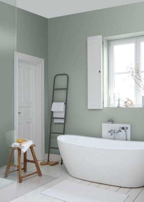 Badezimmer 1.OG / Kamin gruene-Wandfarbe-Tipps-Anna-von-Mangoldt-Alpina_Feine_Farben_No_12_Sanfter_Morgentau-www.decohome.de