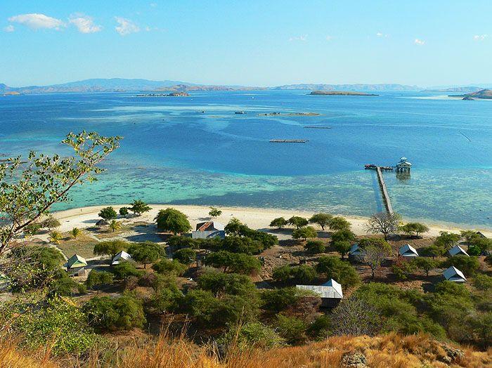 Pulau Kanawa - Kanawa, Nusa Tenggara Timur, Indonesia.....I wanna go here december