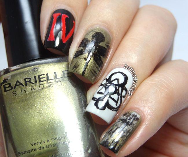 Brit Nails: Coheed and Cambria Nail Art
