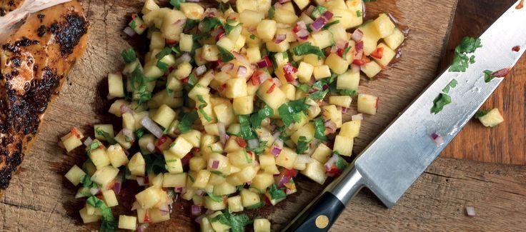 Ananassalsa med lime och jalapeños