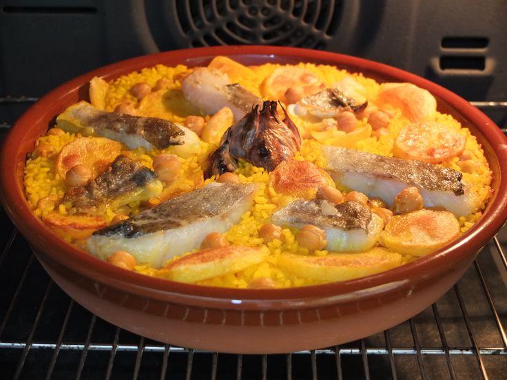 Arroz al horno de bacalao http://lolacoci.blogspot.com.es/2014/03/arroz-al-horno-de-bacalao.html
