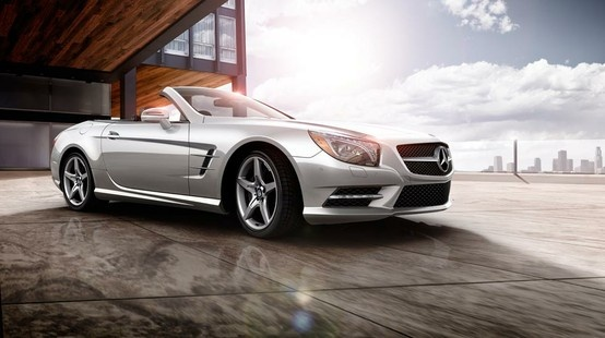 Mercedes-Benz SL-Class. Nothing less than luxury.