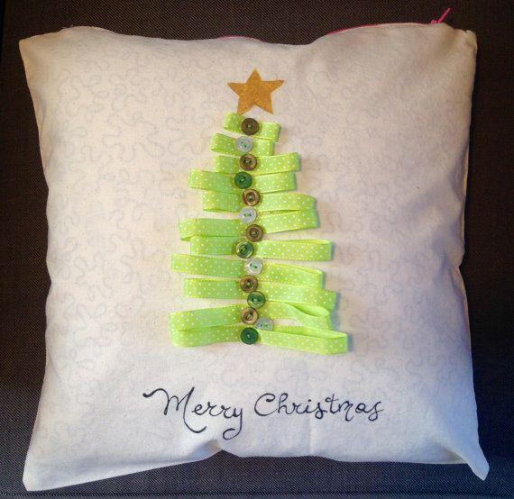 Christmas tree pillow casechristmas di LaTanaDiOtto su Etsy