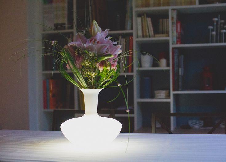 Lampe carafe et vase 3 en 1 – eclairage nomade pour interieur et exterieur – loop par link