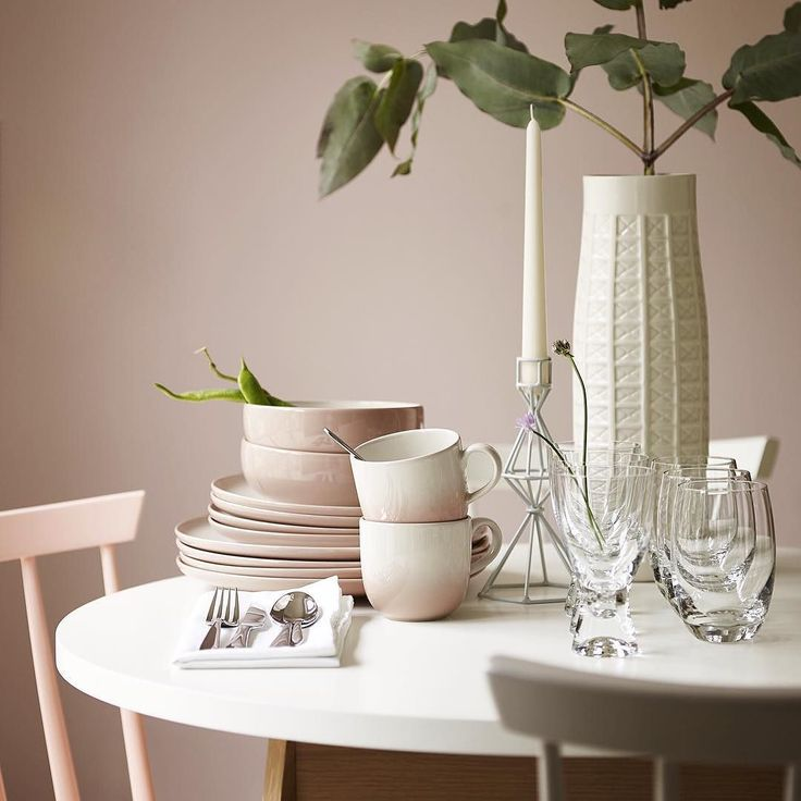 With pink less is more - a few understated accessories such as this #crockery set go a long way. Head to 'Inspire Me' online now to discover more tips from the 'Rethink Pink' feature. by marksandspencer http://ift.tt/1O6BC5n
