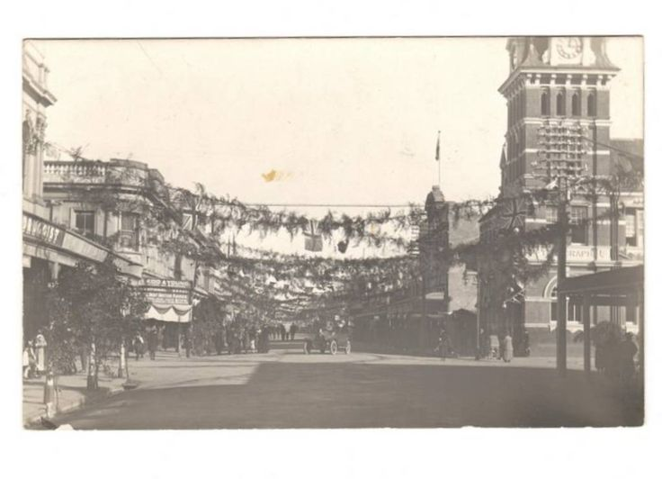 Real Photograph of The 1919 Peace Parade in Masterton. - 69821 - Postcard - Postcards Wairarapa-Bush. - Postcards New Zealand - Postcards By Country - EASTAMPS